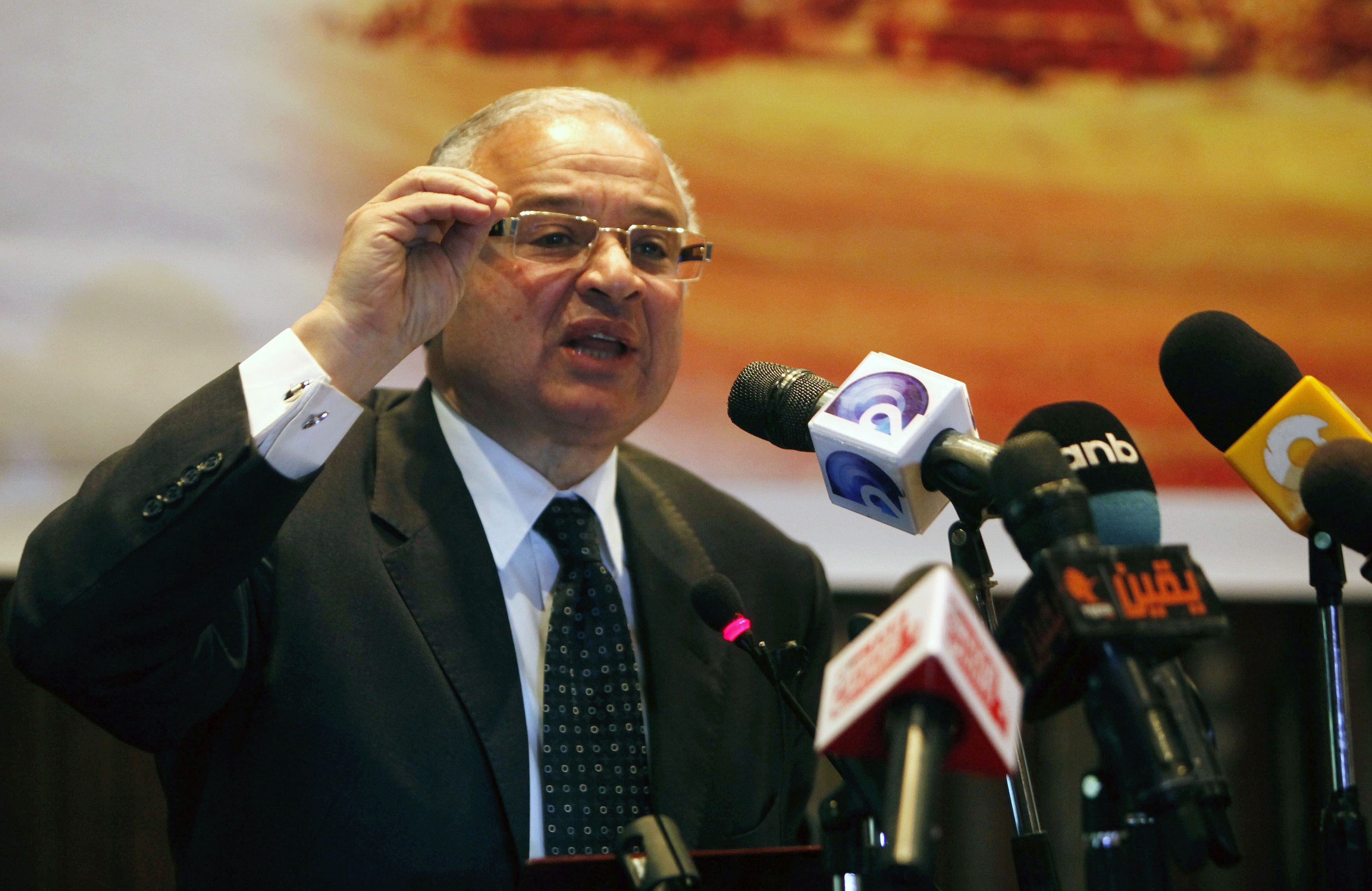 Egypt's Tourism Minister Hisham Zazou speaks during a press conference in Cairo, February 1, 2015. REUTERS/Mohamed Abd El Ghany