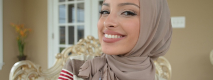 anchor muslim Arts & entertainment muslim fashion blogger doesn't 'sound american,' wgn anchor says hoda katebi said she was taken aback by a recent interview that took a hostile turn as she was asked about nuclear weapons.