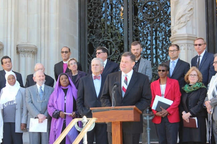 """Pastor Bob Roberts, who leads the evangelical Northwood Church in Keller, Texas, speaks on Oct. 23, 2015 along with other religious leaders who signed a pledge committing to defend religious freedom and reject religious bigotry. The """"Beyond Tolerance"""" was held at the Washington National Cathedral. Religion News Service photo by Adelle M. Banks"""